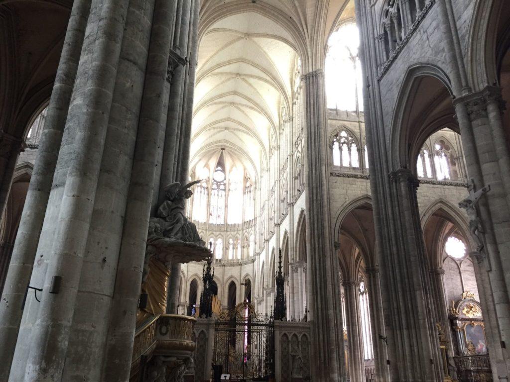 アミアン大聖堂の内部