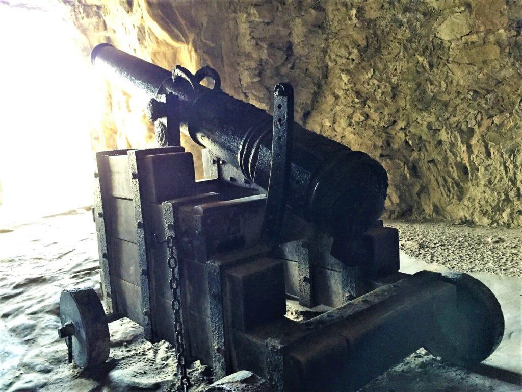 ルクセンブルク大公国の世界遺産のボックの砲台の砲台