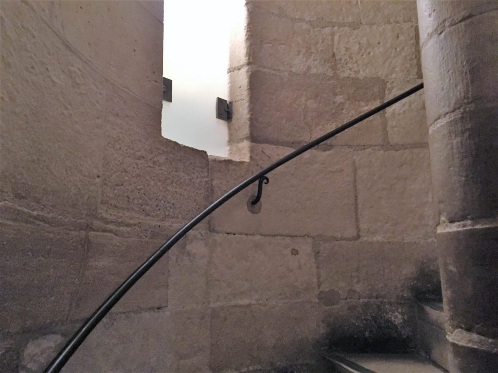 パリのサント・シャペルの階段