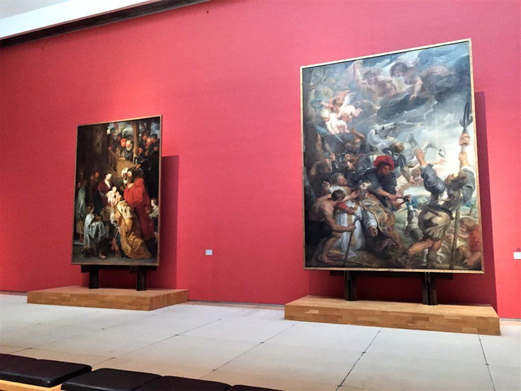 ベルギー王立美術館のルーベンスの大型絵画