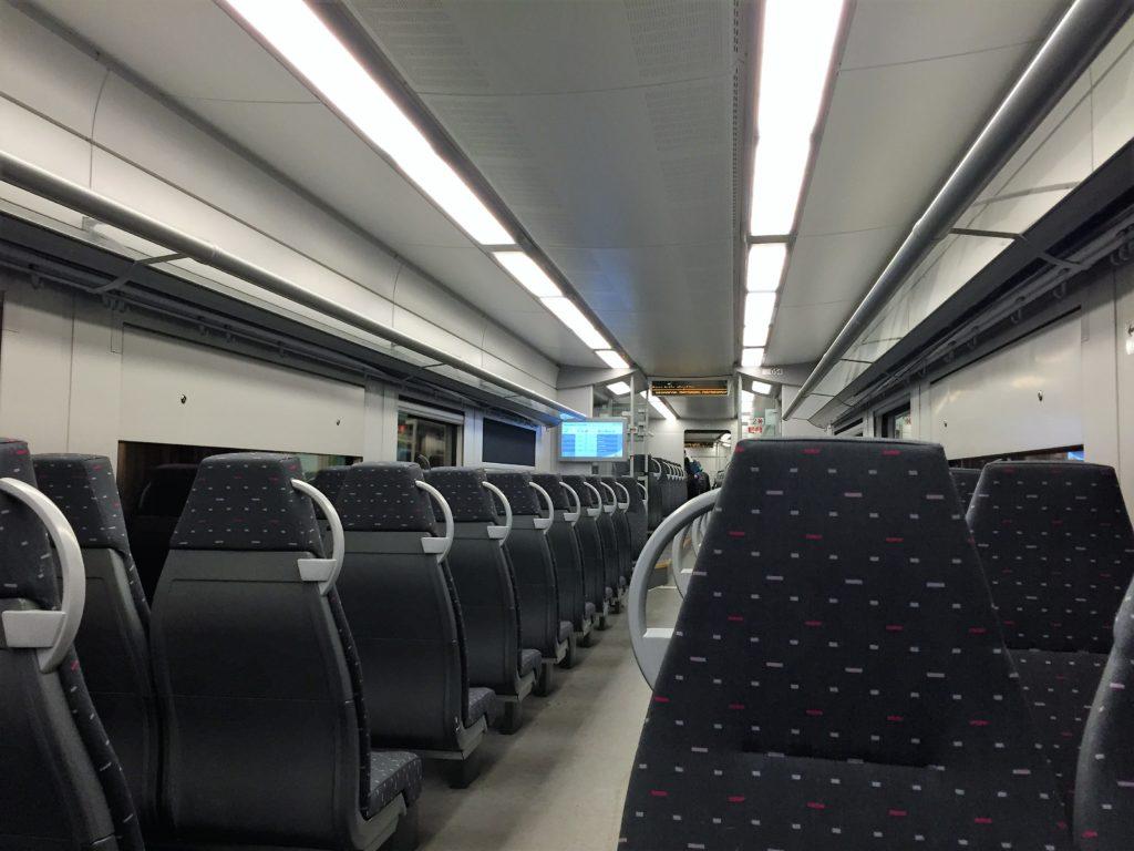 ブリュッセルからアントワープへの列車