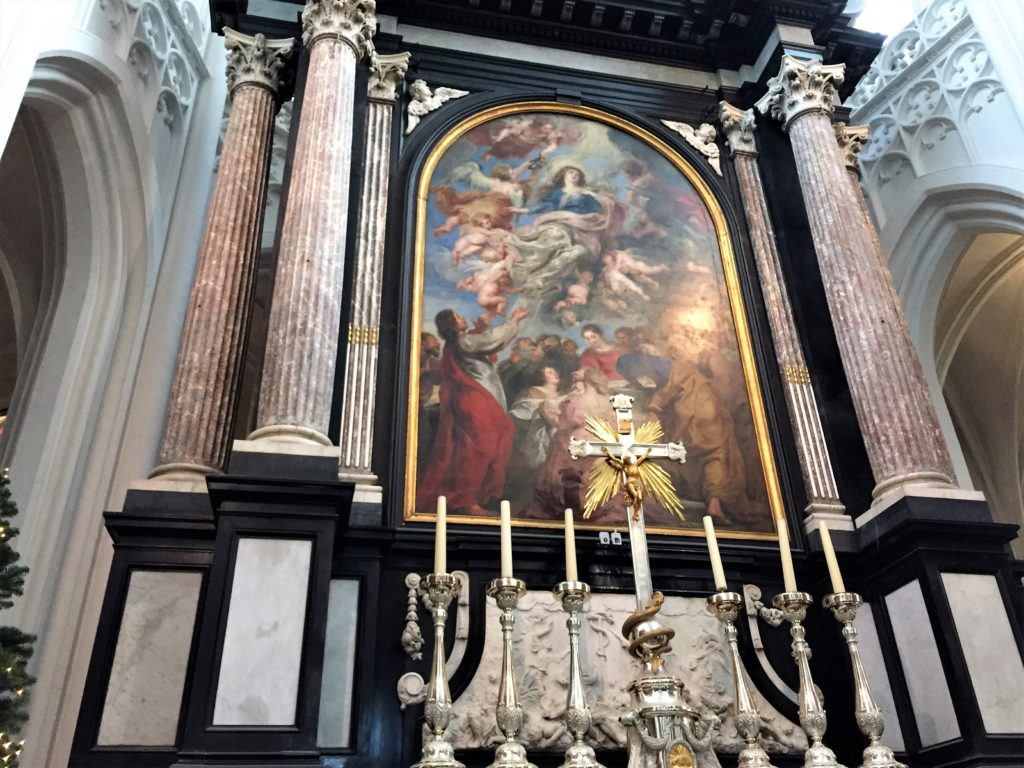 アントワープ聖母大聖堂のルーベンスの聖母被昇天