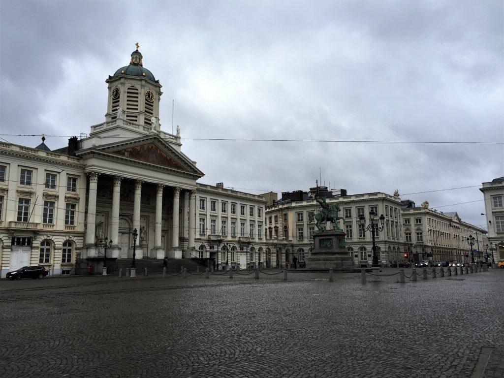 王立広場と聖ヤコブ教会