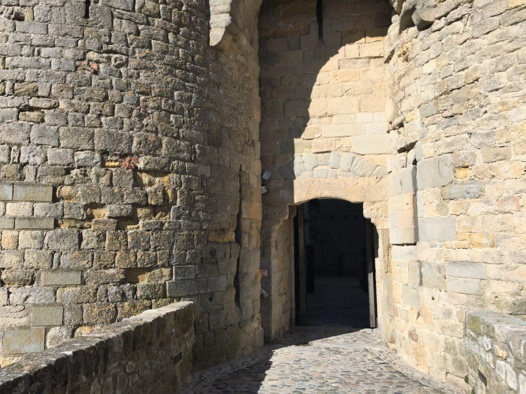 カルカソンヌの城塞の入口