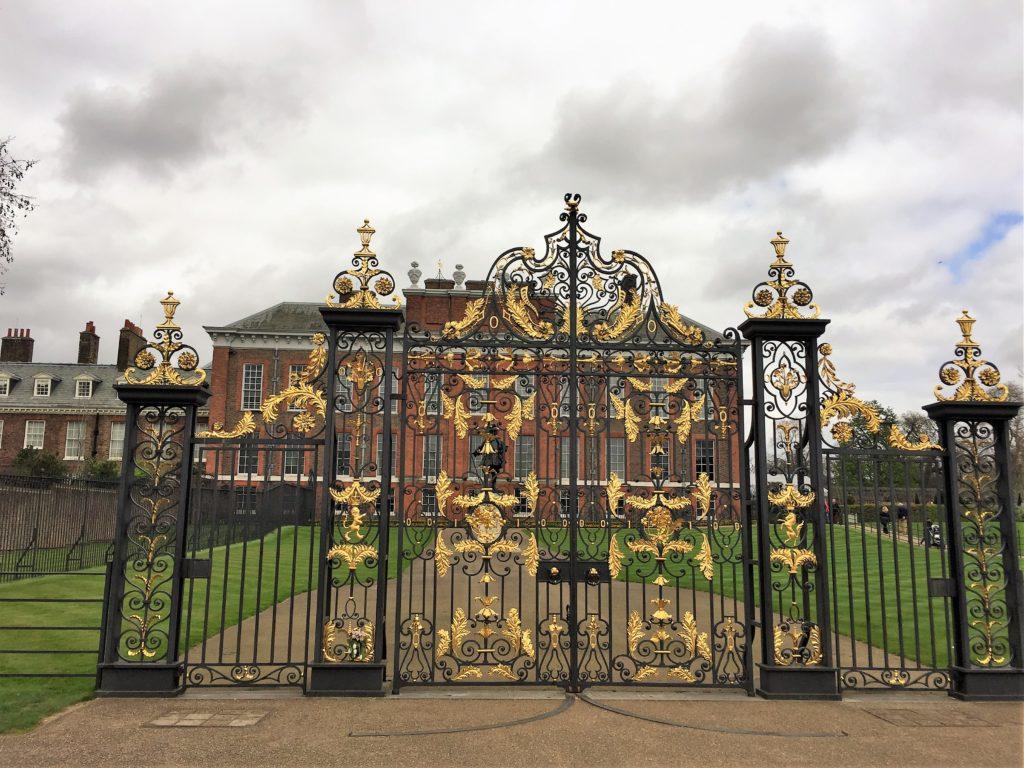 ケンジントン宮殿のゴールデンゲート
