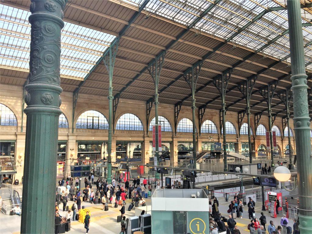 パリ北駅のユーロスターホーム
