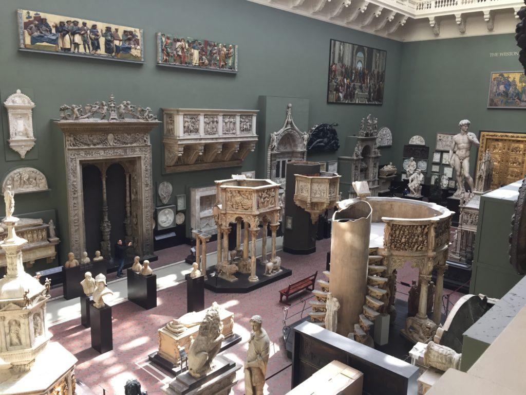 ヴィクトリア・アンド・アルバート博物館の展示品