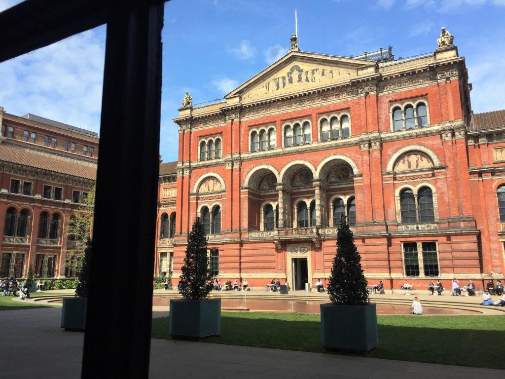 ヴィクトリア・アンド・アルバート博物館の中庭