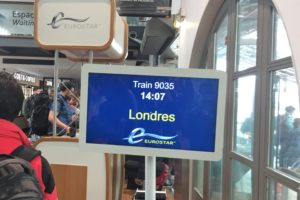 パリ北駅のユーロスターのロンドンへの案内板