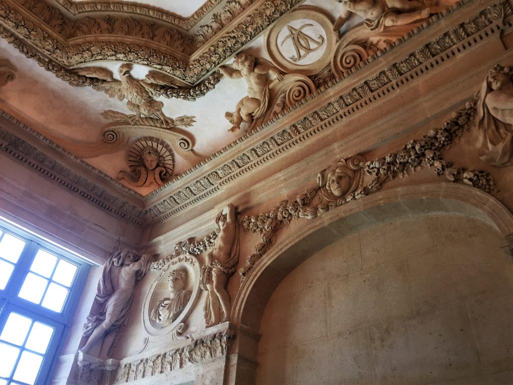 パリのピカソ美術館の内装