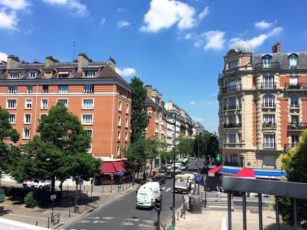 プロムナード・プランテ後半のパリの街並み