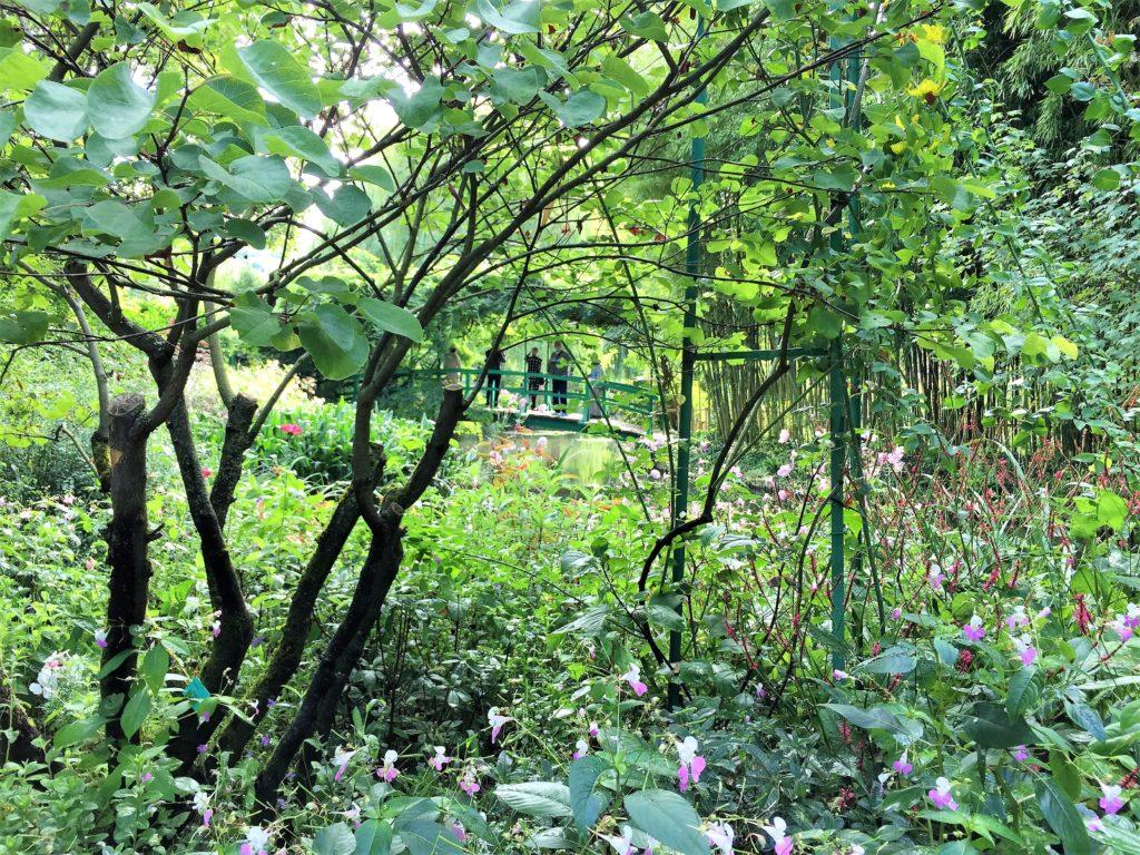ジヴェルニーの睡蓮の池の太鼓橋