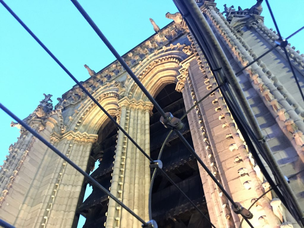 ノートルダム寺院の南塔
